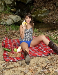 Babbling Brook featuring Kimmy Granger by Als Photographer